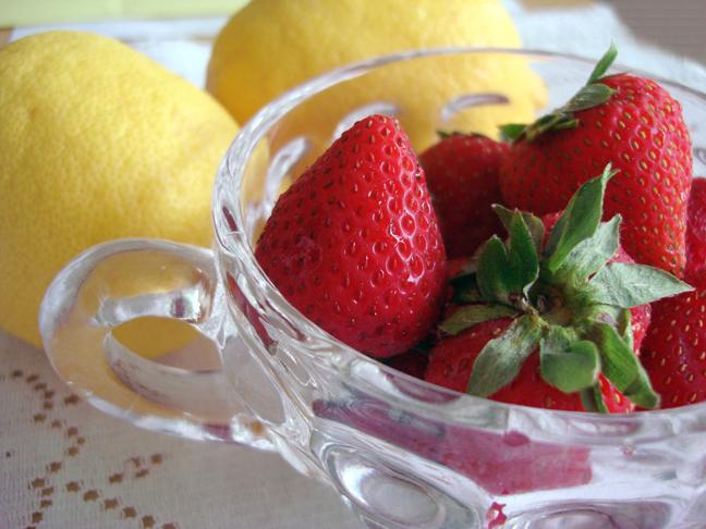 Strawberry lemons